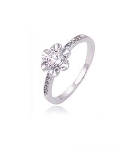 Rhodiovaný prsten Fleur ve tvaru květiny se zirkony