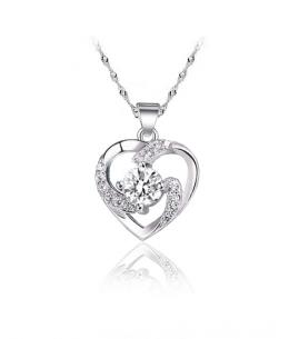 Stříbrný přívěsek Twist Heart ve tvaru srdce se zirkony z pravého stříbra (925/1000)